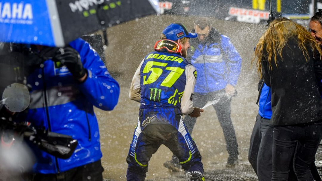 Justin Barcia Defies The Conditions To Conquer Anaheim 1