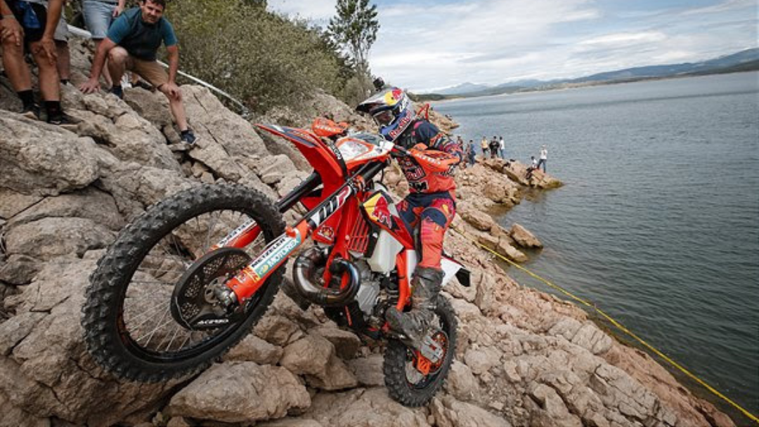 STRONG RESULTS FOR RED BULL KTM RIDERS AT HIXPANIA HARD ENDURO