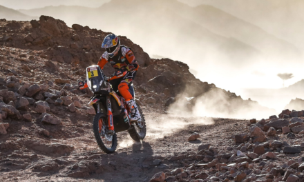 SUNDERLAND TAKES OVERALL RALLY LEAD WITH RUNNER-UP FINISH ON DAKAR STAGE TWO