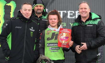 COURTNEY DUNCAN RETAINS THE RED PLATE