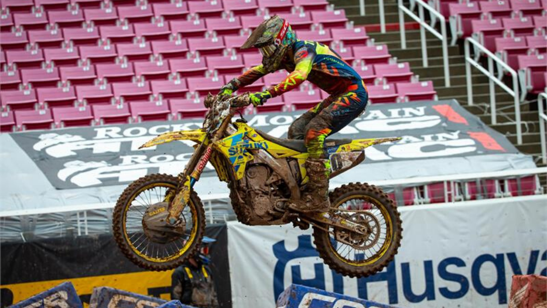 TICKLE TOUGHS IT OUT AT UTAH SUPERCROSS