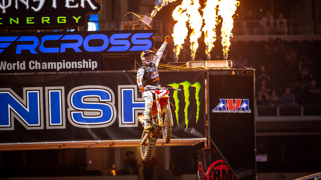 WEBB EXTENDS HIS CHAMPIONSHIP LEAD WITH ANOTHER WIRE-TO-WIRE VICTORY IN ARLINGTON
