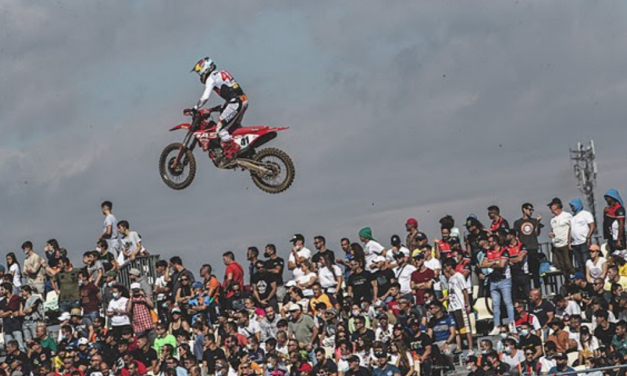 PAULS JONASS ON THE GAS AT MXGP ROUND 13 ON HIS WAY TO SIXTH OVERALL